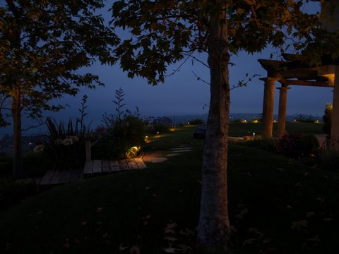 simi valley landscape lighting pathways